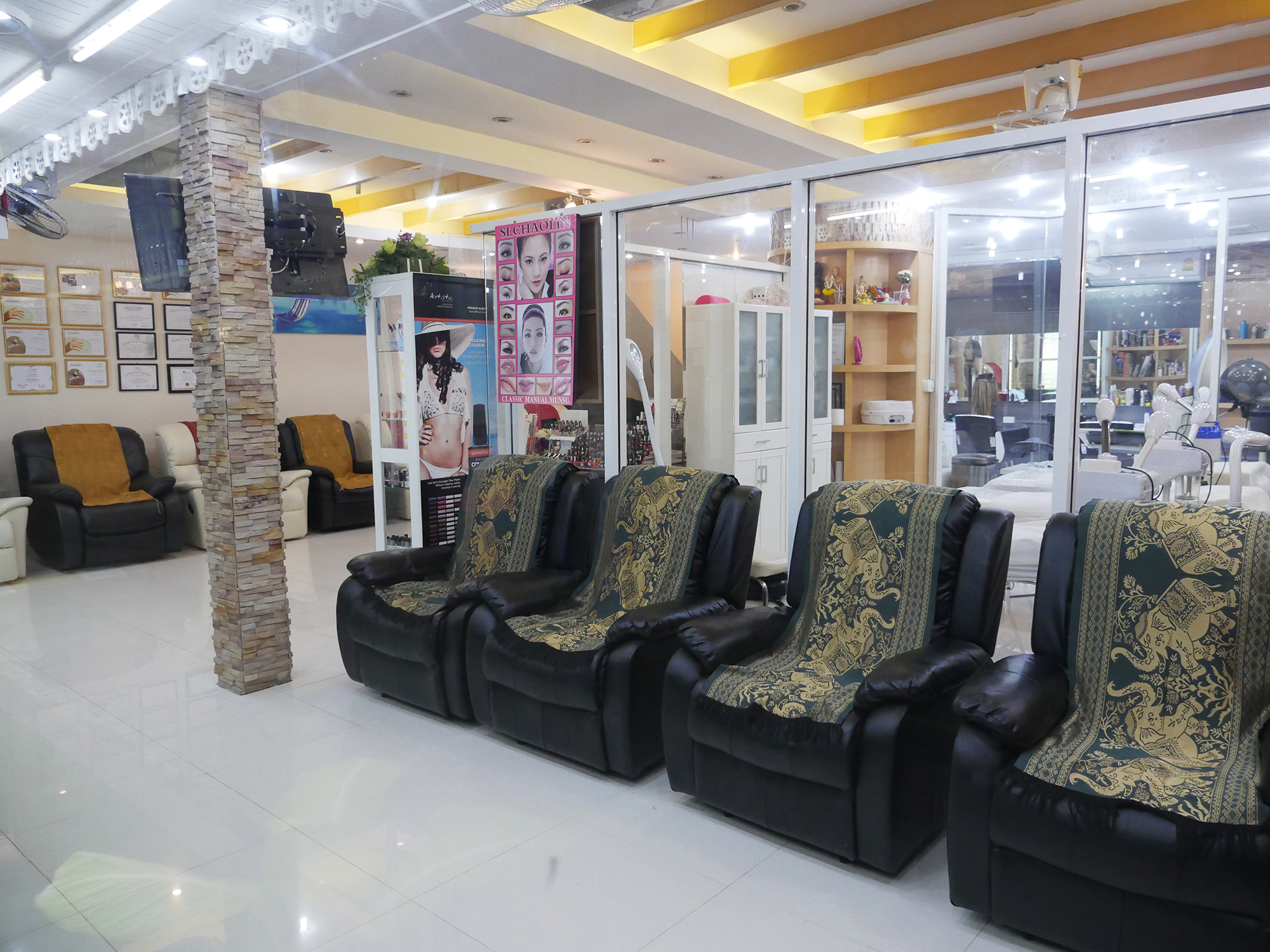 VAYO-MANICURE-PEDICURE-CHAIRS